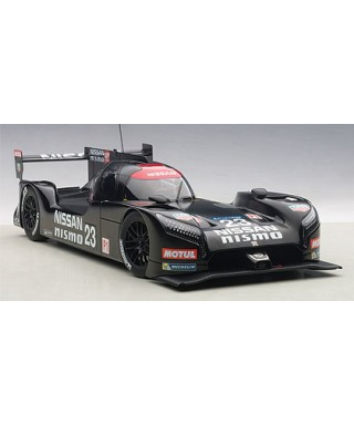 NISSAN GT-R TEST CAR LE MANS 2015 LIMITED 1500 PCS 1:18